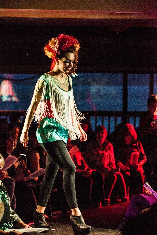 Fashion Show 130
